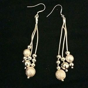 Jewelry - 🆑*Long dangly silver earrings!* NWOT!🆑