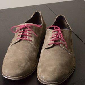 Cole Haan Nike Air Brown Nubuck Leather Shoe