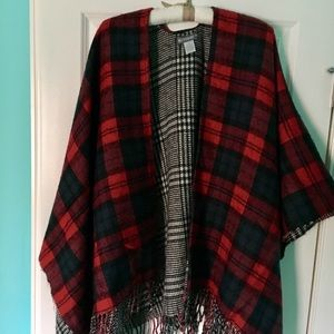 Accessory Collective Sweaters - Poncho