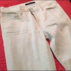 J Brand Denim - J Brand distressed jeans