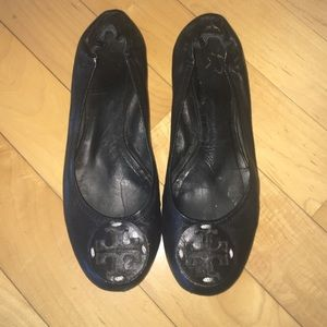 Tory Burch Shoes - 🎈SUNDAY SALE🎈Tory Burch Black Leather Flats