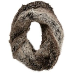 Tinley Road Accessories - Tinley Road faux fur infinity scarf
