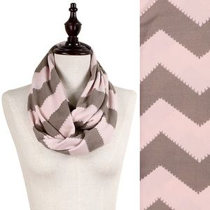 Accessories - Christmas Sale!🌲 Soft Pink & Brown Infinity Scarf