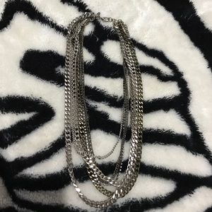 Express chained necklace