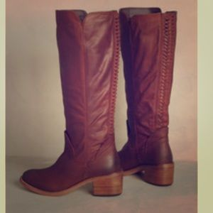 Dolce Vita brown Amoux boots