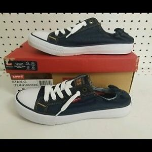 CLEARANCE SALE!! Levi's STAN G Sneakers
