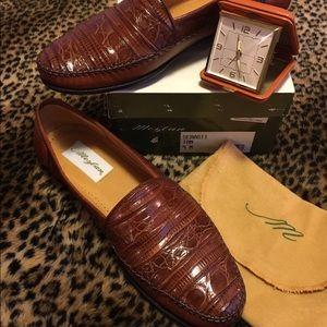 Mezlan Other - Mezlan MENS Leather & Crocodile Moccasin 🚫🚬🐶🐱