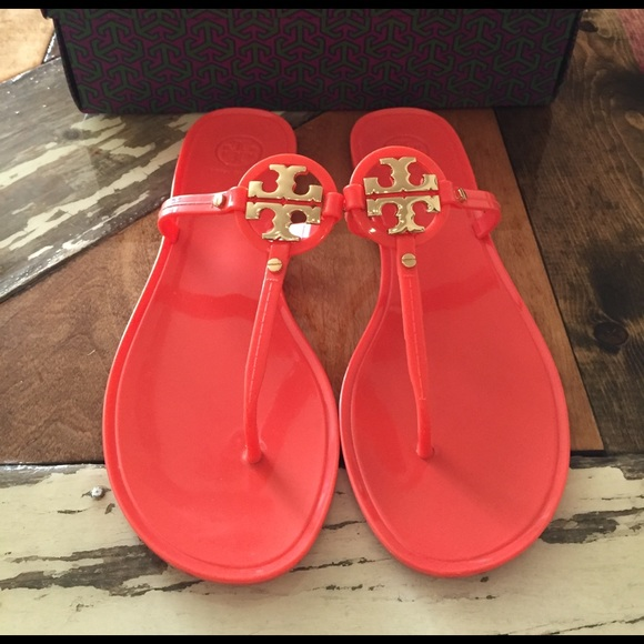 Tory Burch Schuhes   Mini Miller Thong Jelly Thong Miller Poppy Coral   Poshmark c1d773
