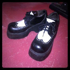 Robert Wayne Shoes - Platform Saddle Shoes Retro Pinup