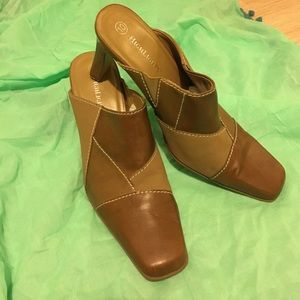Highlights Shoes - Brow and baige mules size 10