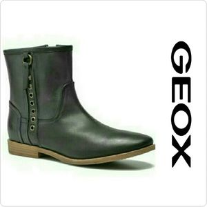 Geox Shoes - **SALE** Geox Women's Elixir D52c7a Rounded Toe
