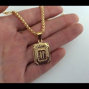 "Other - New 18k gold "" T "" necklace"