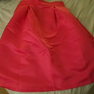 Dresses & Skirts - Gorgeous pink skirt