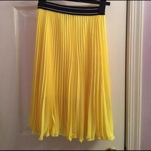 Topshop PETITE Dresses & Skirts - Sport waistband pleat midi skirt