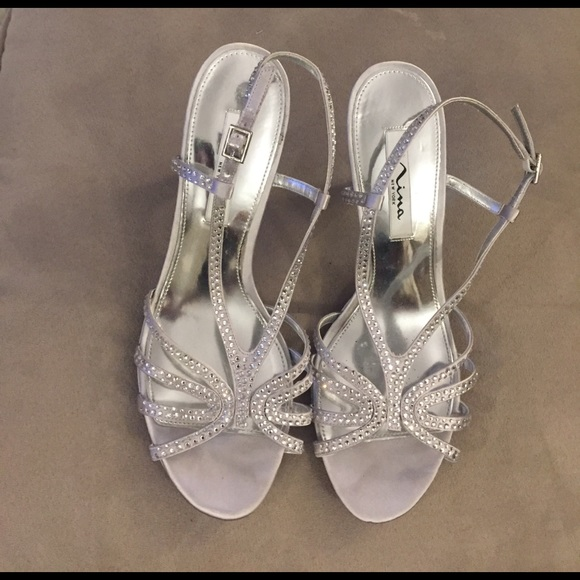 bf6662c5ae Nina New York Bobbie Evening Sandals Silver 9
