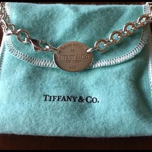 Tiffany & Co. Jewelry - Authentic Return To Tiffany&Co. Oval Necklace