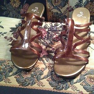 it's ok Shoes - Sz 12 wide brown patent leather  low heel sandal