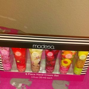 Medela Other - 6PC hand cream set