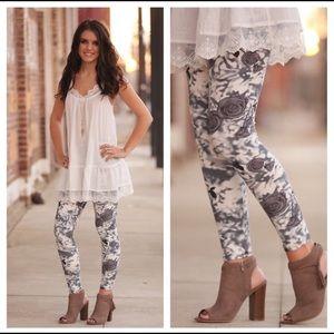 Infinity Raine Pants - Gray Floral Leggings 🌸🌺💐