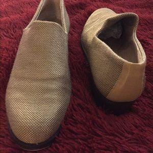 Donald J. Pliner Shoes - Donald J Pliner khaki textured loafers womens 6.5
