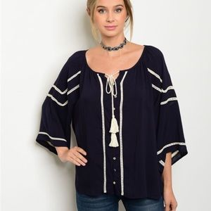 Tops - 🚨SALE🚨Navy & Ivory Flutter Sleeve Tunic Blouse