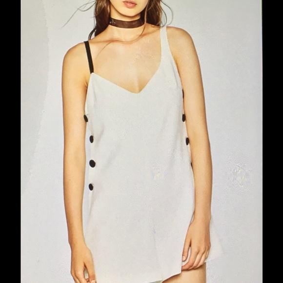 266153f283b4 Price Firm🎉Zara white black button romper