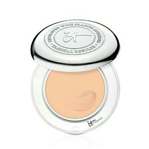 It Cosmetics  Other - Confidence in a Compact? with SPF 50+ Foundation