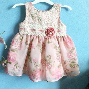 Other - Vintage floral dress