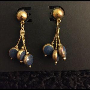 Post earrings
