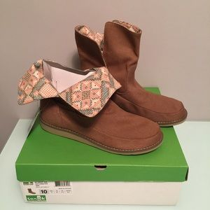 Sanuk Shoes - FINAL PRICE‼️ Sanuk Drop Top Boots