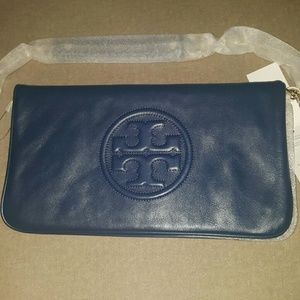 Tory Burch Handbags - 💓💓 Authentic Bombe Reva Clutch