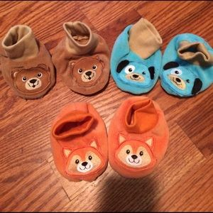 Other - Set of 3 baby sock/slippers