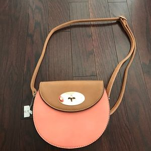 Cross body bag faux leather