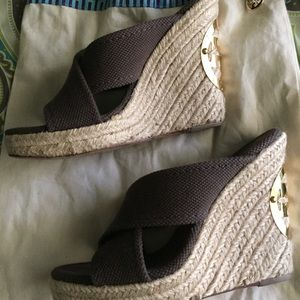 Tory Burch brown canvas wedge size 7