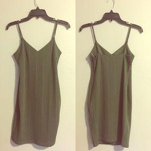 Topshop PETITE Dresses & Skirts - NWT TOPSHOP Spaghetti Strap Ribbed Dress 6 Petite