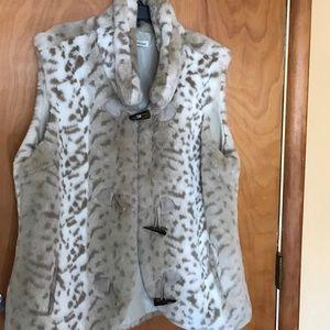 Coldwater Creek Jackets & Blazers - Coldwater Creek Leopard print fur vest