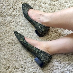 Anthropologie Shoes - 🌿 ETIENNE AIGNER • brocade tapestry flats