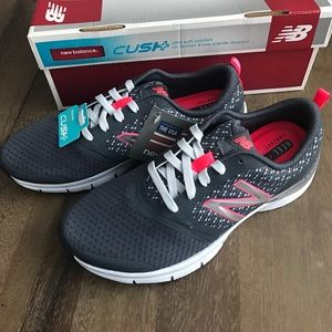 NIB - New Balance 711 Cross-Train Sneakers