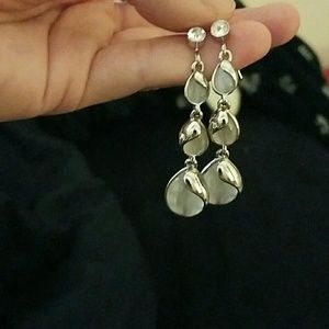 *Silver-tone Dangle Earrings!