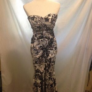 Xscape Dresses & Skirts - Xscape by Joanna Chen size 10 formal dress