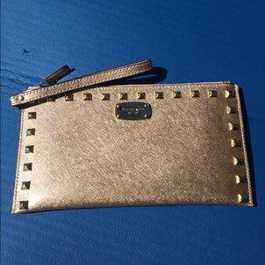 Michael Kors Handbags - 💥Final Price💥Michael Kors Wristlet