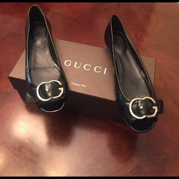 4800c847e7 Gucci Shoes - Gucci Patent Leather Interlocking G Flat