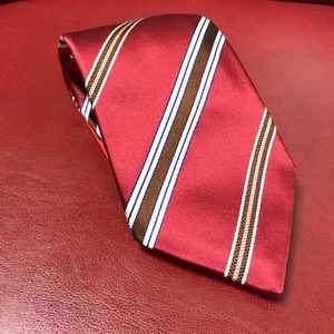 Isaia Other - Isaia 7 fold silk tie. Hand sewed in Italy