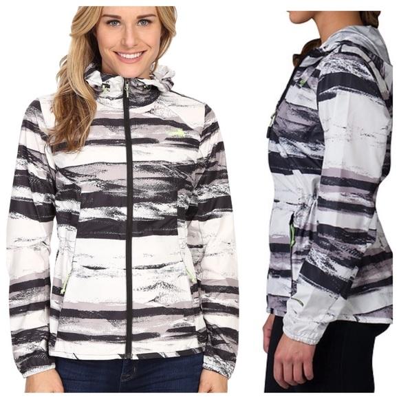 368bd4928 The North Face flyweight jacket NWT