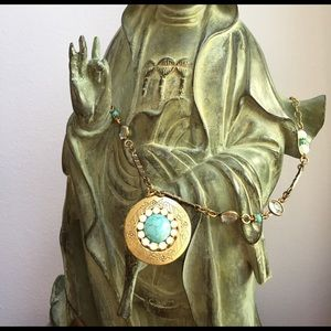 Jewelry - Vintage Locket Pendant
