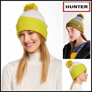 Hunter Boots Accessories - HUNTER ORIGINAL Beanie Pom Pom Hat