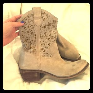 Cowgirl Boots Sole Society