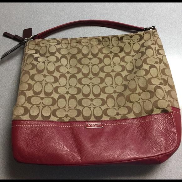 8ac66e7861ec Coach Handbags - Coach Bag