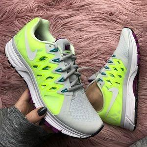 Nike Shoes - NWT Nike vomero 9 platinum