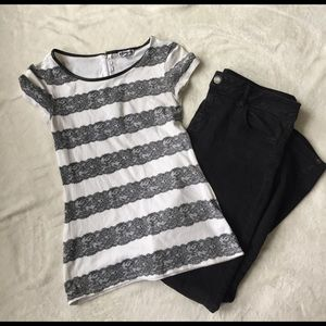 express black and white lace striped tshirt sz XS